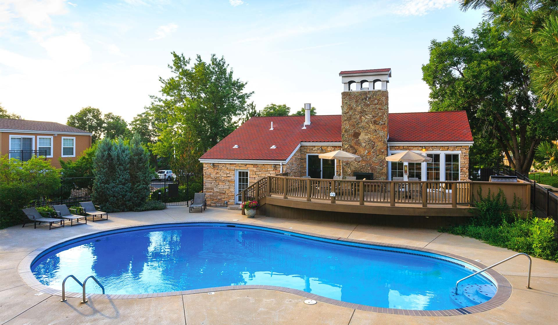Boulder Creek Apartments - Boulder, CO - pool