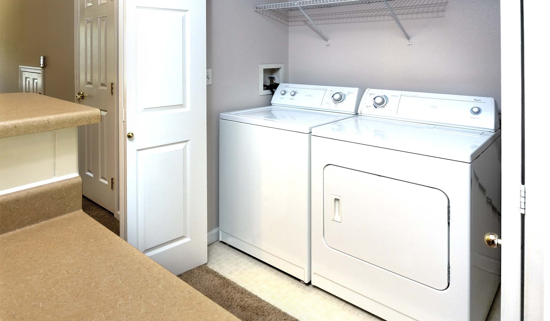 Boulder Creek - Boulder CO - Laundry Room